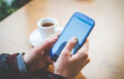 разработать мобильное приложение с информацией о ЕГЭ